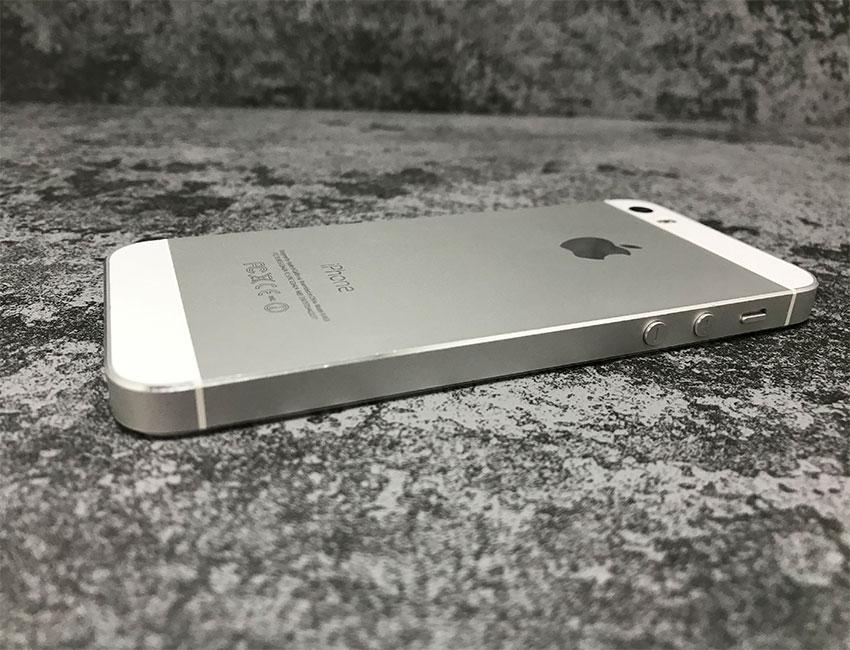 iphone 5s 32gb silver b u a 4 - IPhone 5S 32Gb Silver б/у A-