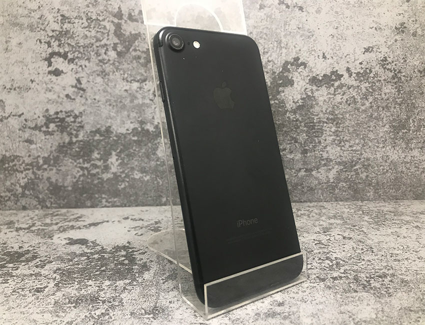 iphone 7 128gb matte black bu ab 1 - IPhone 7 128Gb Matte Black б/у A/B