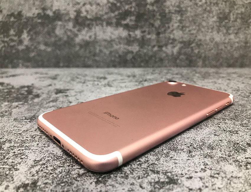 iphone 7 128gb rose gold bu a 2 - IPhone 7 128Gb Rose Gold б/у A-