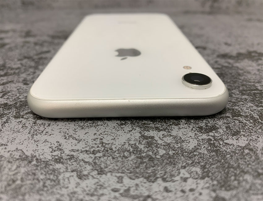 iphone xr 64gb white b u a 6 - IPhone XR 64Gb White б/у A-